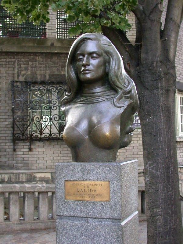 Buste Dalida par Aslan